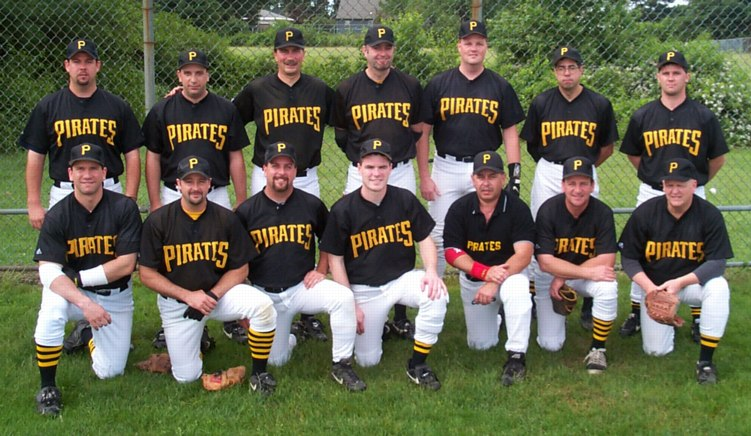 2000 Pirates team picture