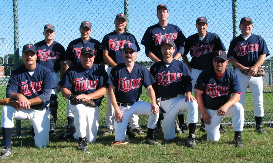 2003 Twins team picture